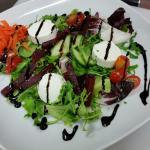 goats cheese salad with beetroot