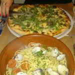 Pizza à la truffe et spaghetti aux palourdes