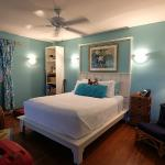 Photo de Tutu (Two) Mermaids on Maui Bed and Breakfast