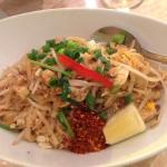 chciken pad thai right up there as amongst the best in the area - this is the $10 lunchtime 'spe