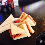 bacon sarnie with fresh onion and marmalade relish - tangy and tasty!