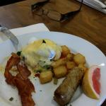 Hot featured breakfast item..veg eggs Benedict. .asparagus. .pepper..etc DELICIOUS