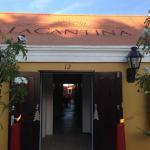 La Cantina'entrance