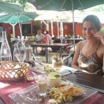 Eu feliz no almoço!