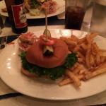 Un petit burger super sympa dans une ambiance tres new yorkaise !!!