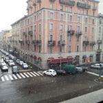 La vista su Viale Monza con la neve