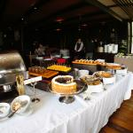 Sunday brunch buffet: dessert