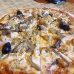 Pizza Los Angeles. Yum!