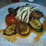 Lammspieß mit Gemüse