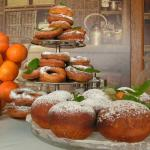 Nasze pączki. Homemade doughnuts.