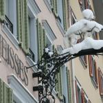 Schnee-Weisses Rössli
