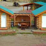 Cabins with outdoor kitchenette