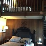 クラロッジ1号室 ベッドはLOFTも入れて3つありました。