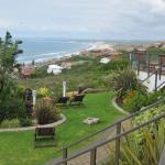 Blick auf den Garten und Küste