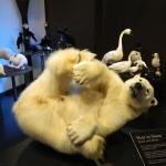 une photo a linterieur du musee