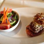 buffalo steak w blue cheese & carmelized onions