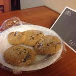 Tasty cookies on my entrance to my room, very nice touch. Very clean, comfortable room.