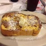 Amaretto French Toast: you will be a happy eater.