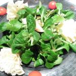 Corn salad with pears and Tête De Moine cheese