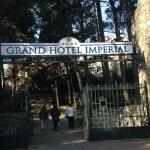 Der Eingang zum Park des Hotel