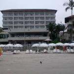 Praia do Pernambuco e Hotel Jequitimar
