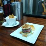 Mejillones al aire y la exquisita mini hamburguesa de buey