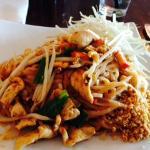 Chicken Pad Thai--VERY tasty!