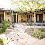 Courtyard landscaped by Doug Larson