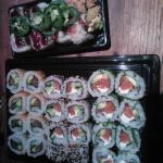 makis saumon et tempura de crevettes