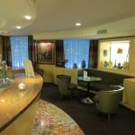 The modern lounge & cocktail bar