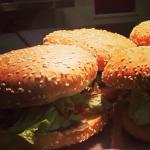 Hamburger mit knochengereiftem Rindfleisch...