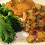 Salmon with mango glaze and pineapple salsa, mashed sweet potatoes and broccoli