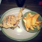 1/4 chicken with potato wedges