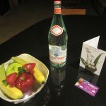 Complimentary fruits, bottle of water and 2 drinks