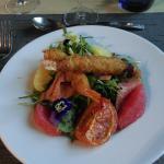 Entrée croustillants de crevettes saumon fumé miam.
