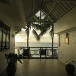 Entre notre chambre 106 et le balcon : quelques pas
