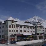 Aussenansicht Alpenhotel Perner