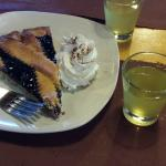 Blueberry tart with limoncello