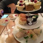 Really yummy afternoon tea, all freshly made and it came with a glass of prosecco, perfect! Defi