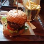 Mathers 25 Burger