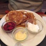 Pancakes con frutos rojos