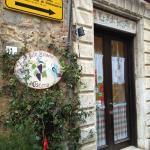 L'ingresso del piccolo ristorante