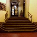 scala d'ingresso all'hotel
