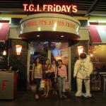 T.G.I. FRIDAY'S Bonifacio High Street