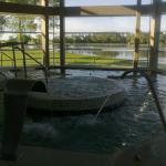 Interior del Spa...  increíble vista al lago