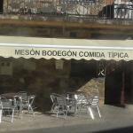 Meson Bodegon situado en el Gasco