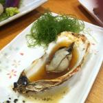 Juicy grilled oysters