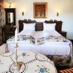 Room no 2 (120698085)