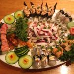 sushi/sashimi platter fit for party