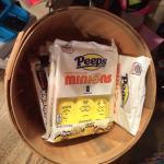 Minion marshmallow pepps